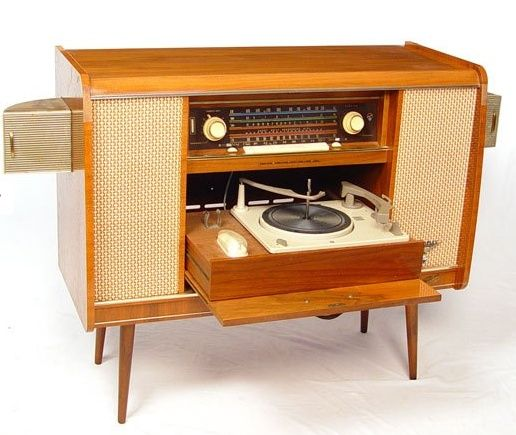 stereo-cabinet