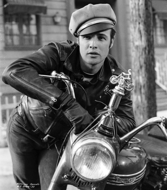 marlon-brando-the-wild-one-movie-leather-jacket-photo-hollywood-e1424993249800