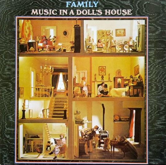 musicinadollshouse