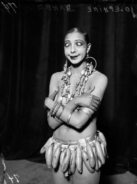 Josephine Baker, skeloejet i bananskoert 17