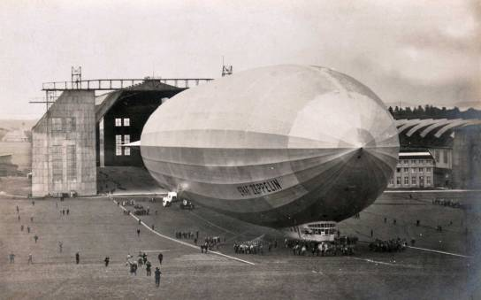 graf-zeppelin-first-flight-web