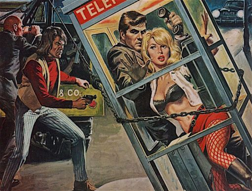 TELEPHONEBOOTH-CHAIN