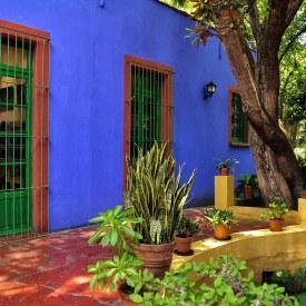 Frida_Kahlo_House,_Mexico_City_(6998147374)